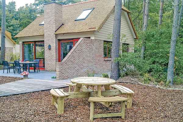Holiday home in Lanaken