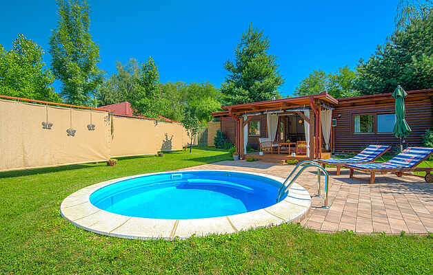 Holiday home in Lopatinec