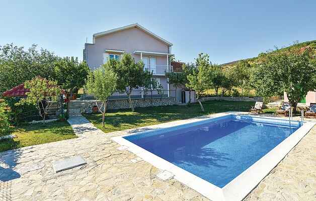 Holiday home in Crivac