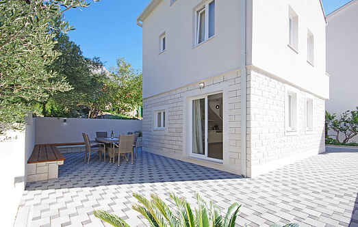 Holiday home nscdf895