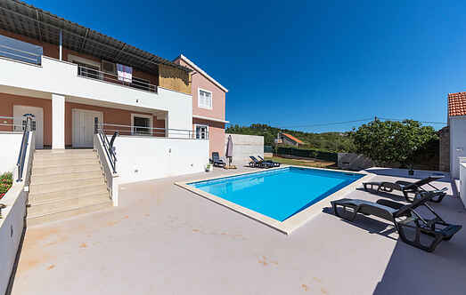 Holiday home nscdt741