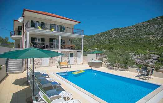 Holiday home nscdt772