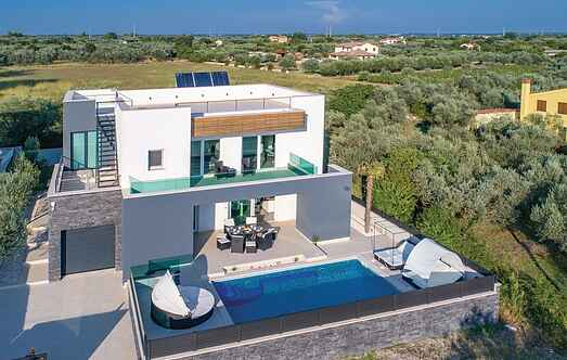 Holiday home nscif781