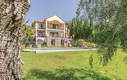 Holiday home nsean758