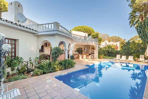 Holiday home in Estepona