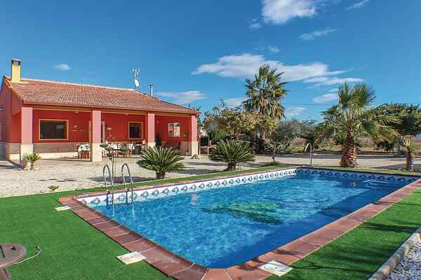 Holiday home in Elche