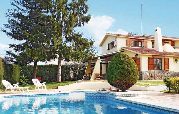 Holiday home in Bigues i Riells