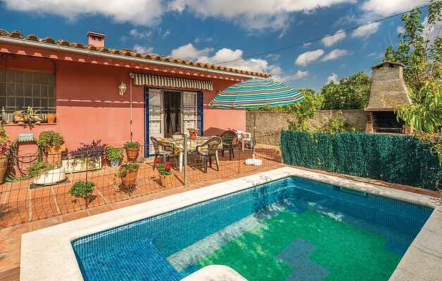 Holiday home in Sant Miquel de Fluvià