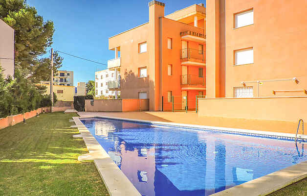 Apartment in Mont-roig del Camp
