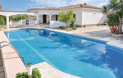 Holiday home nsedo493