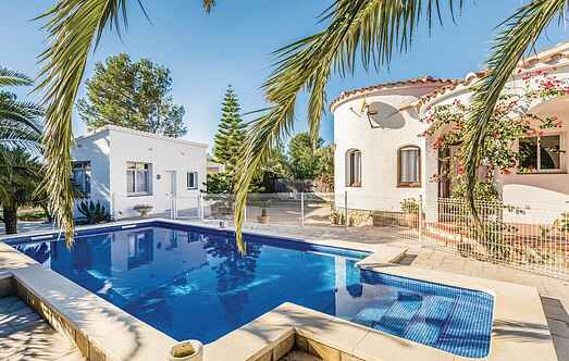 Holiday home nsedo543