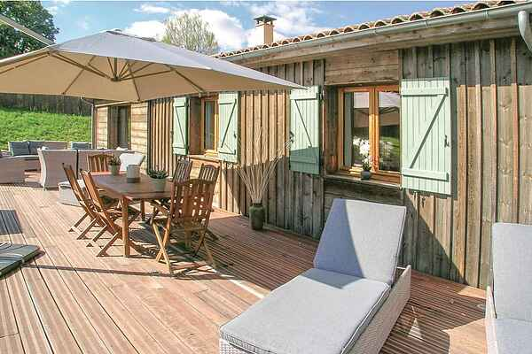 Holiday home in Rouffignac-Saint-Cernin-de-Reilhac