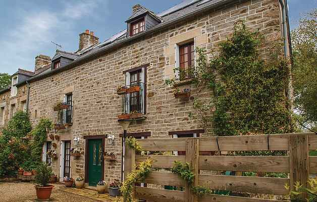 Holiday home in Langrolay-sur-Rance