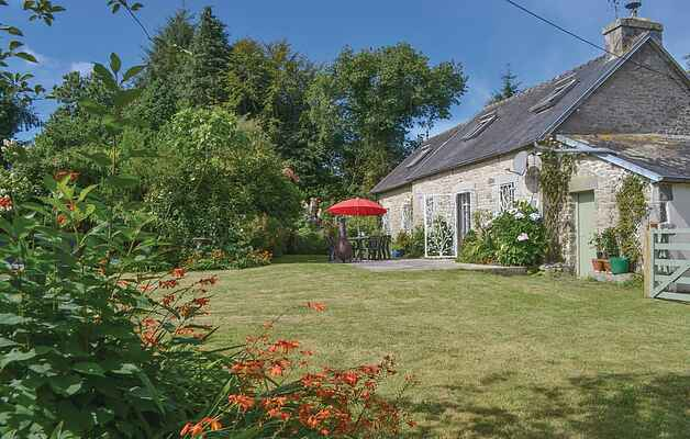 Holiday home in Botmeur