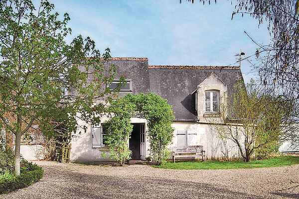 Holiday home in Chouzé-sur-Loire