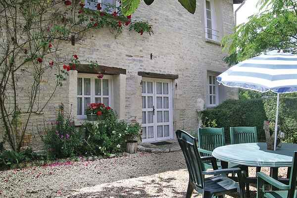 Holiday home in Beauvoir-sur-Niort