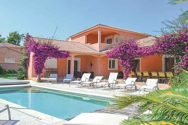 Holiday home in San-Giovanni-di-Moriani