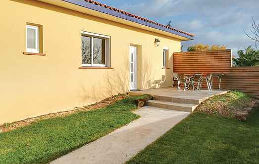 Holiday home nsflh454