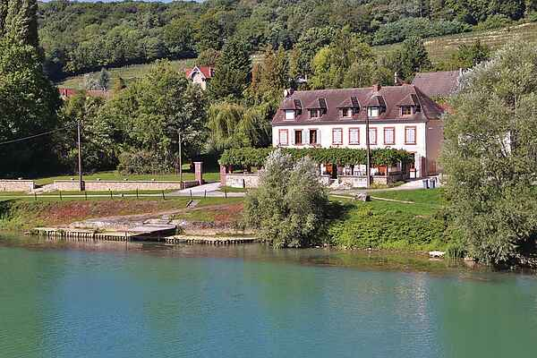 Holiday home in Le Charmel