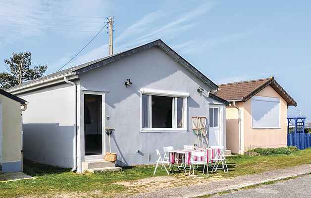 Holiday home in Saint-Martin-d'Audouville