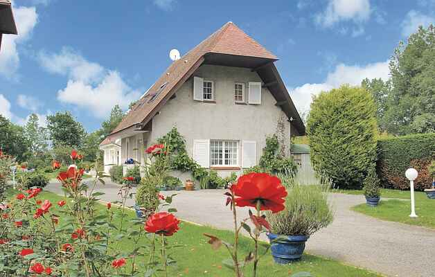 Holiday home in Montreuil
