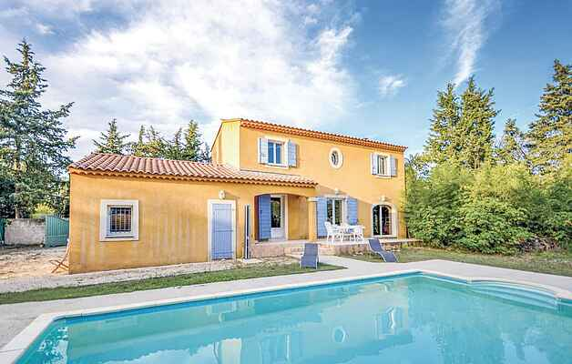 Holiday home in Carpentras