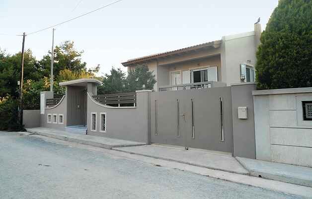 Holiday home in Artemida