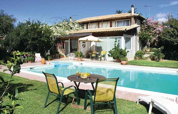 Holiday home in Methoni