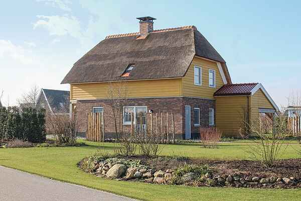 Holiday home in Giethoorn