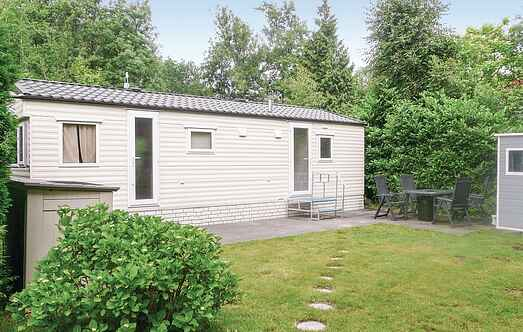 Holiday home nshzh131