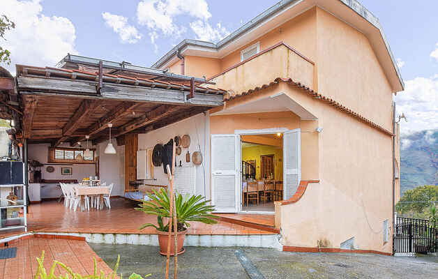 Holiday home in Tremoli