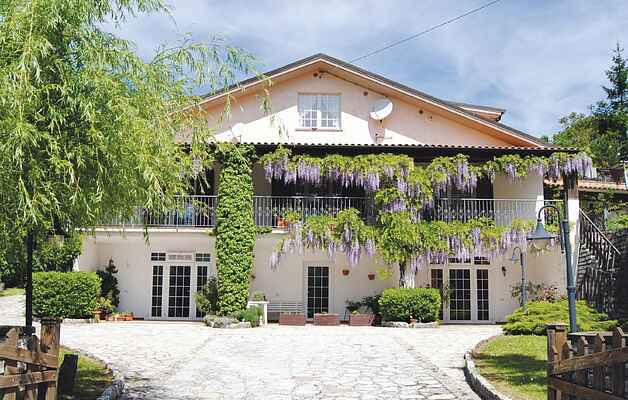 Holiday home in Colombara