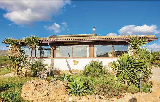 Holiday home in Realmonte