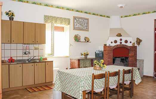 Holiday home nsiss685