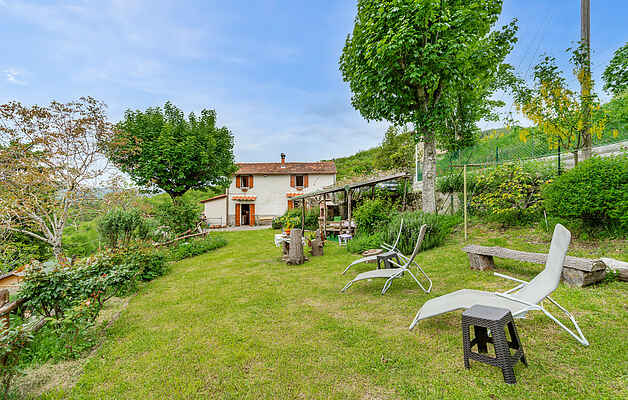 Holiday home in Lonnano