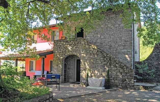 Holiday home in Pontremoli