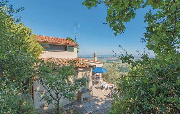 Holiday home in Vicopisano