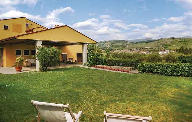 Holiday home in San Pietro In Cariano