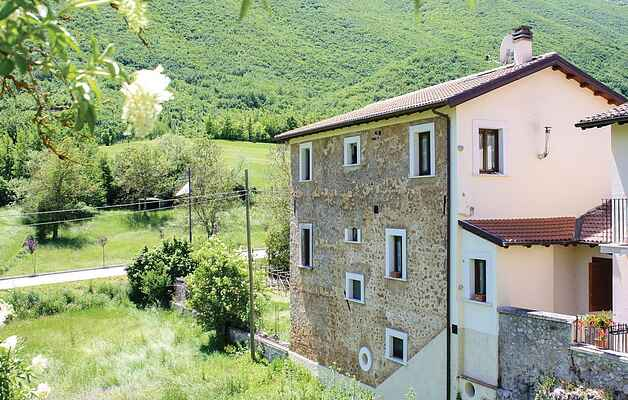 Apartment in Santi di Preturo
