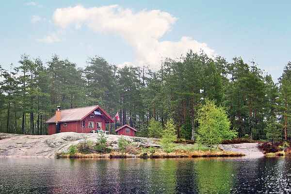 Holiday home in Iveland