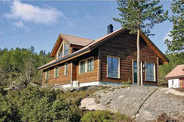 Holiday home in Krågeland