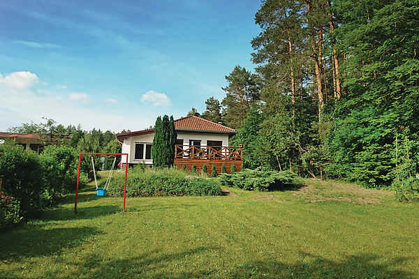 Holiday home in Zdroisko
