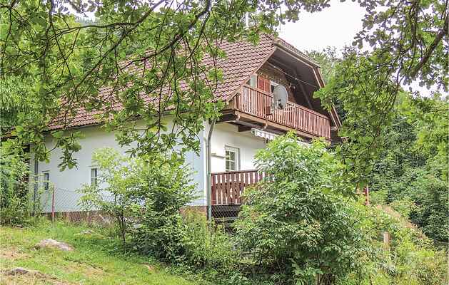 Holiday home in Tscheuritsch