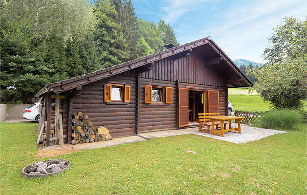 Holiday home in Slovenjach