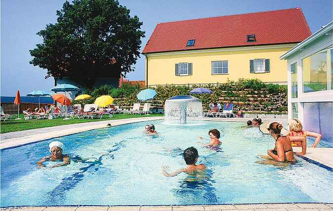 Holiday home nsast102