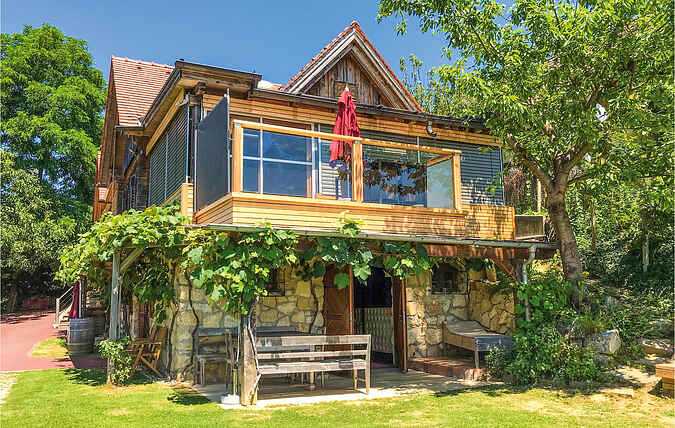 Holiday home nsast241