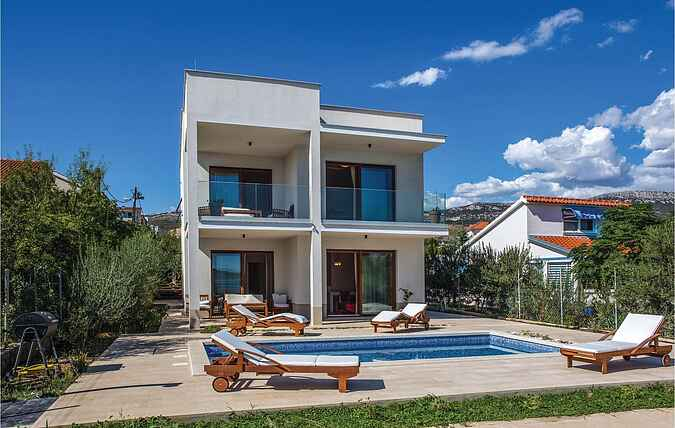 Holiday home nscdf867