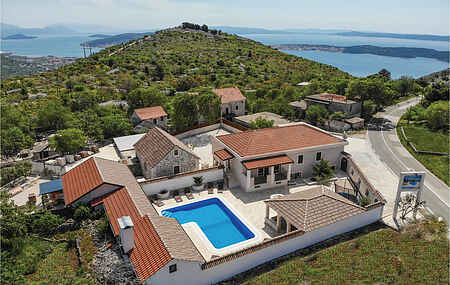 Holiday home nscdt297