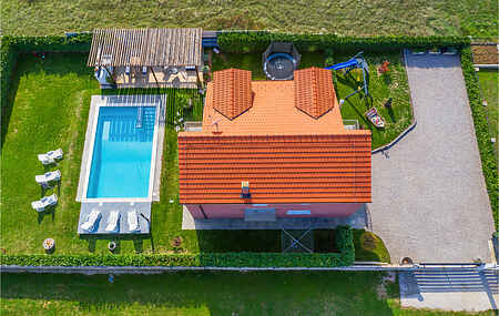 Holiday home nscdt875