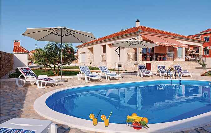 Holiday home nscdz755